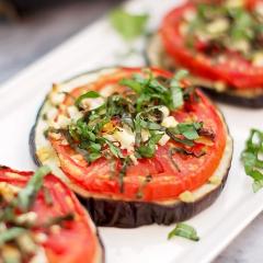 茄子とトマトとフェタチーズのロースト