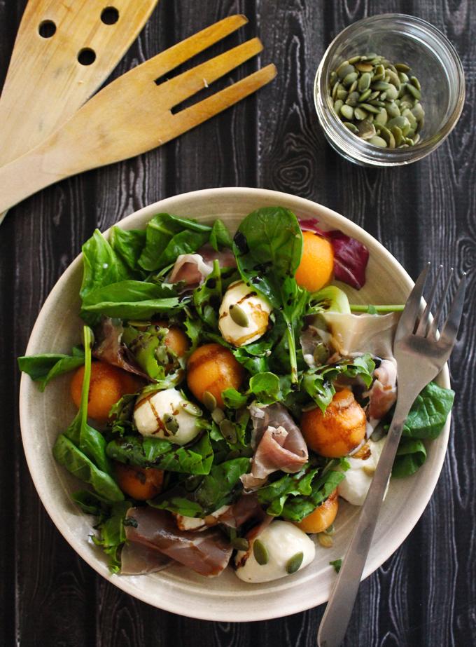 生ハムとメロンとボッコンチーニのサラダのレシピ