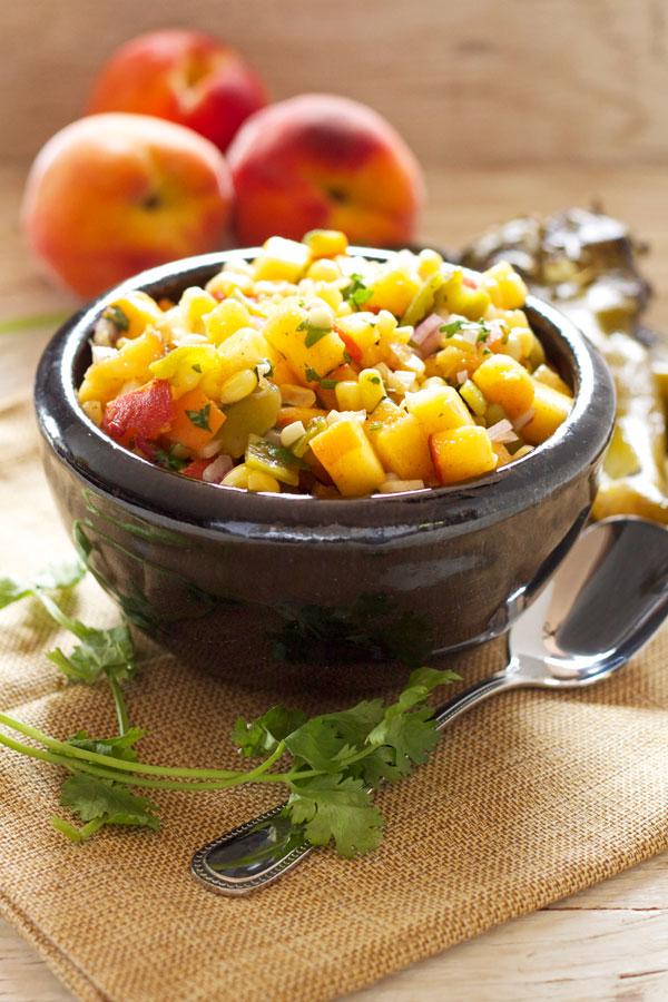 桃とコーンとハラペーニョのサルサのレシピ