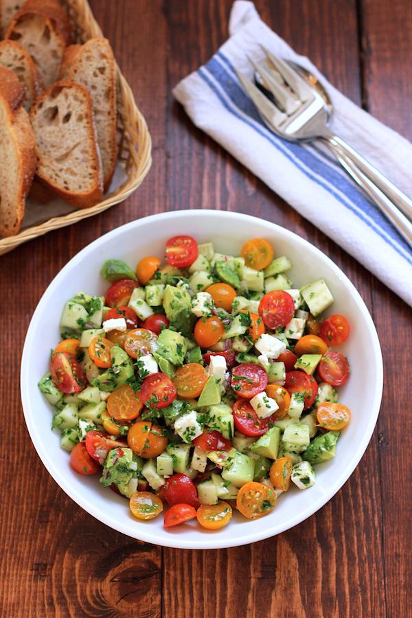 トマトとキュウリとアボカドのサラダのレシピ